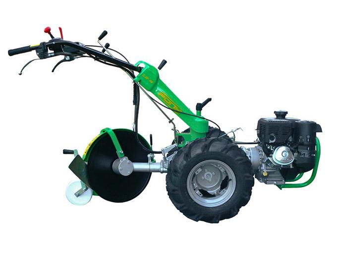 Motocoltivatore-Pony 15-R-con-aratro-rotante-a-disco
